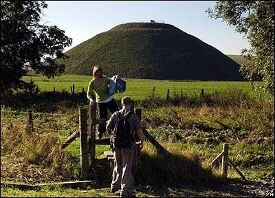 silbury hill]