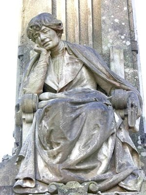 Rosalía de Castro - Monumento